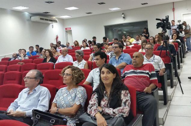 Diversos segmentos participam da consulta